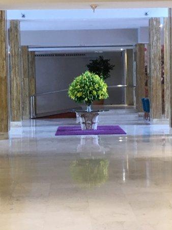 Reina Isabel Hotel: photo4.jpg