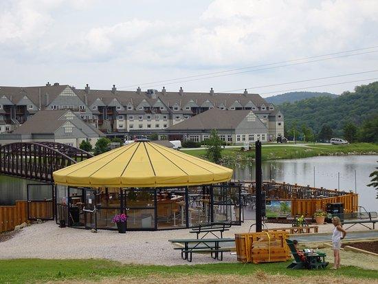 Killington, VT: Umbrella Bar!!