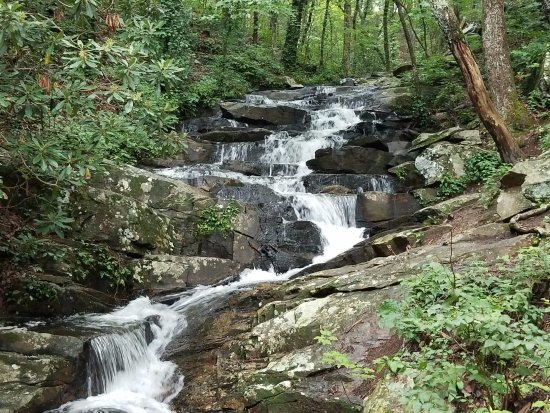 Chatsworth, GA: Waterfall on trail