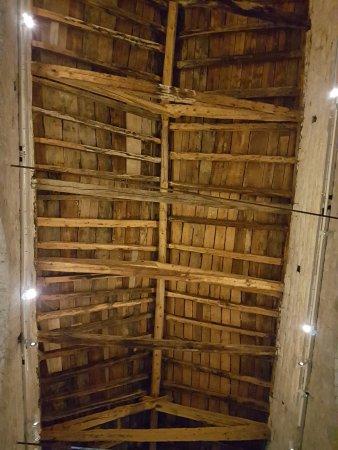 Taull, Spania: Estructura del techo desde el interior