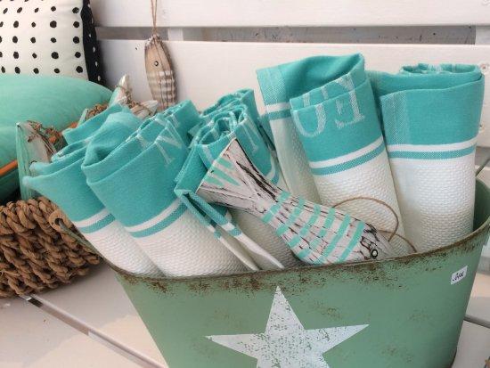 Happy Sardine - Atelier & Store: Tea towels in Happy Sardine colors 💠