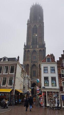 主教堂及鐘塔照片