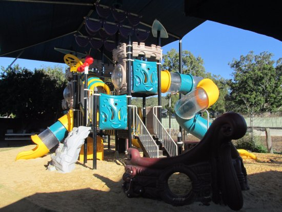 Esk, Australien: Amazing childrens playground at the back
