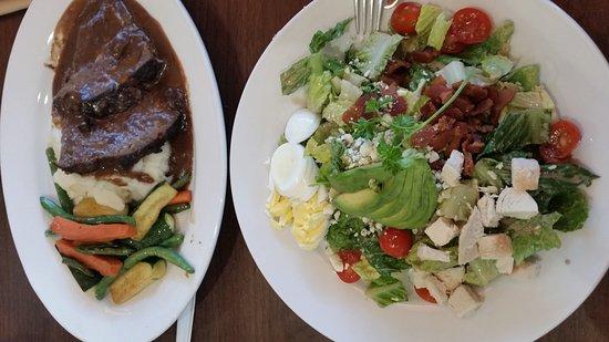 Seaside, CA: Meatloaf & Cobb