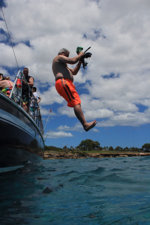 Kapolei, HI: Jumping off the boat