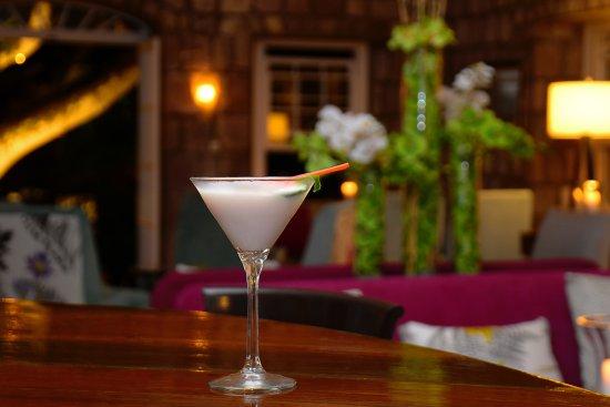 Nevis: Drinks