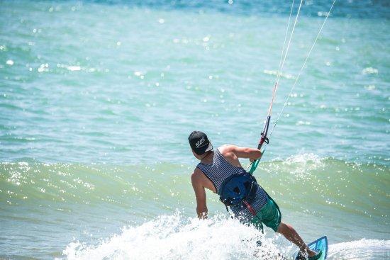 Wild Kite Peru