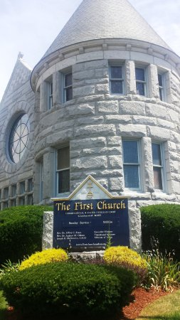 New Hampshire, OH: The First Church