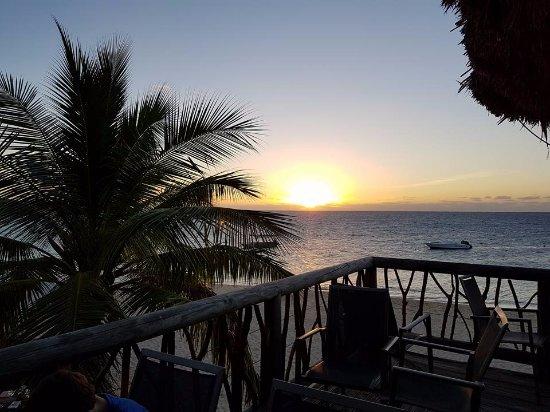 Castaway Island (Qalito), Fiji: Sunset