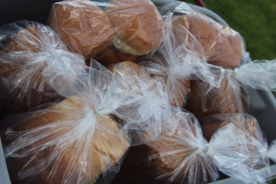 Shelby, Μοντάνα: Fresh baked goods at the Farmer's Market!