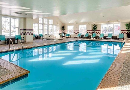 Auburn, Μέιν: Indoor Pool