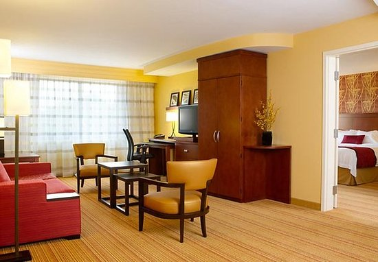 Westampton, NJ: King Suite