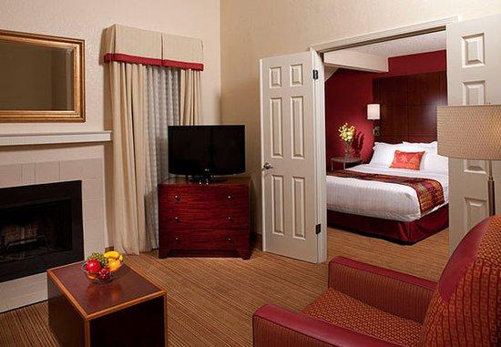 Sunnyvale, CA: Executive Penthouse Suite