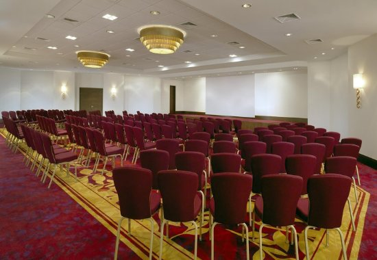 Warsaw Marriott Hotel : Congress Hall - Theatre Setup