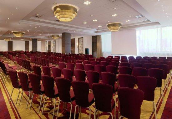 Warsaw Marriott Hotel : Baltic Ballroom - Theater Setup