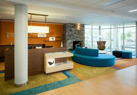 Dupont, WA: Lobby