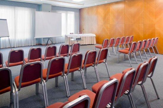 Hotel Port Alicante: Conference Room