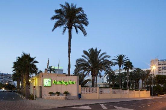 Hotel Port Alicante: Hotel Exterior