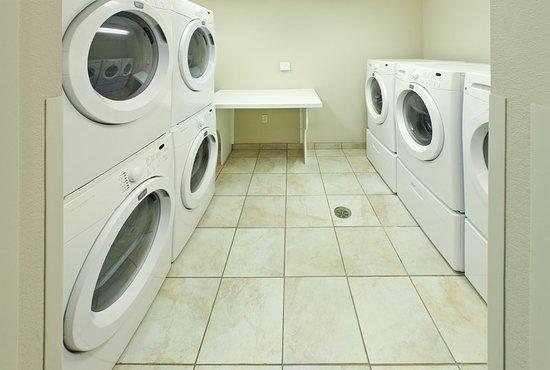 Conway, AR: Laundry Facility
