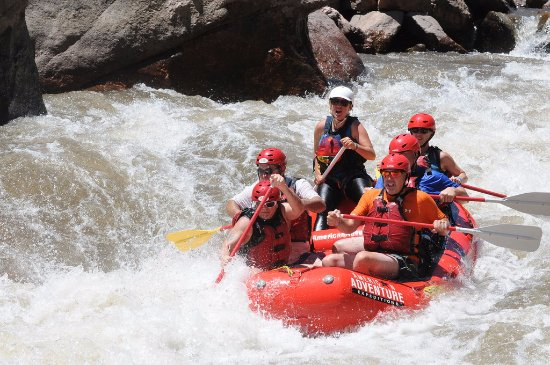 Buena Vista, CO: Going down one of the many rapid areas. This is so much fun. Shayleene in the back of the boat.