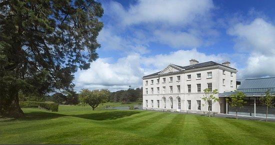 Cavan, Ιρλανδία: Farnham Estate With Lawn