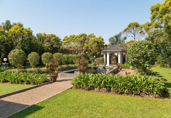 Empangeni, South Africa: Garden View - Gazebo