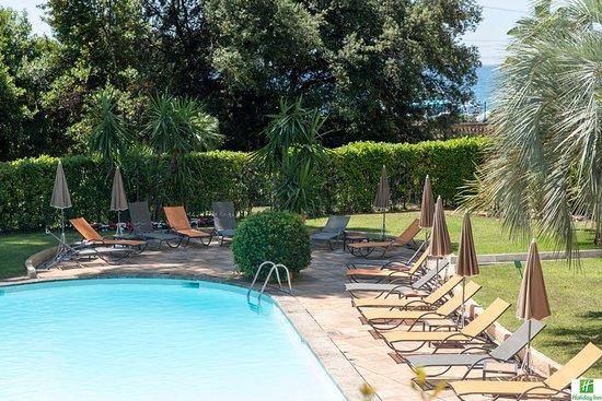 Holiday inn cannes bewertungen fotos preisvergleich for Preisvergleich swimmingpool