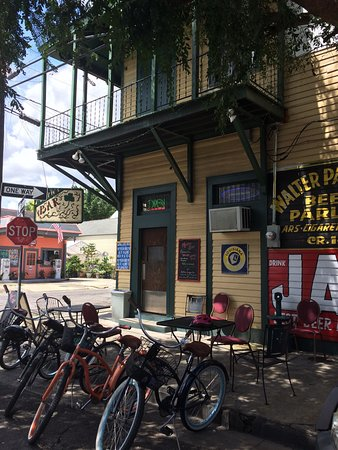 Maries bar new orleans faubourg marigny bywater restaurant maries bar sciox Image collections