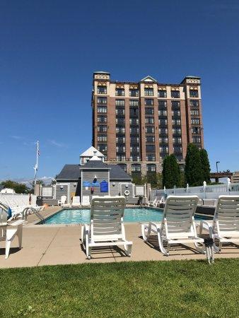 Shoreline Inn & Conference Center, an Ascend Hotel Collection Member: photo0.jpg