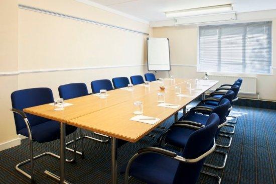 Washington, UK : Boardroom