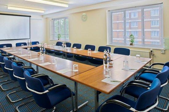Washington, UK : Conference Room
