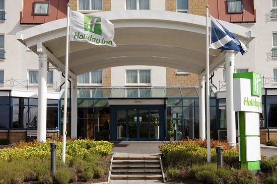 Westhill, UK: Entrance to Holiday Inn Aberdeen - West