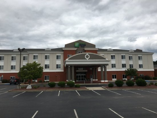 Welcome to the Holiday Inn Express & Suites Athens
