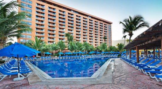 Barcelo Ixtapa: Pool