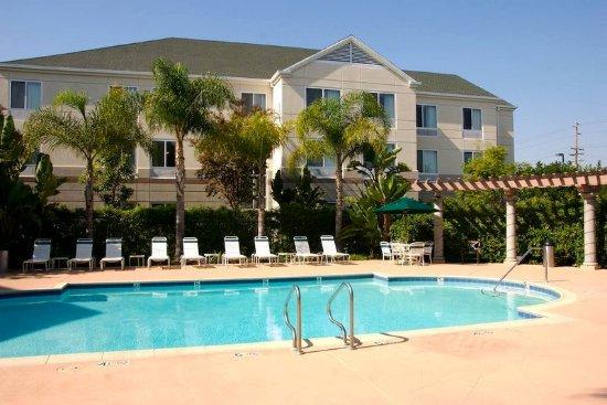 El Segundo, CA: Outdoor Pool Area