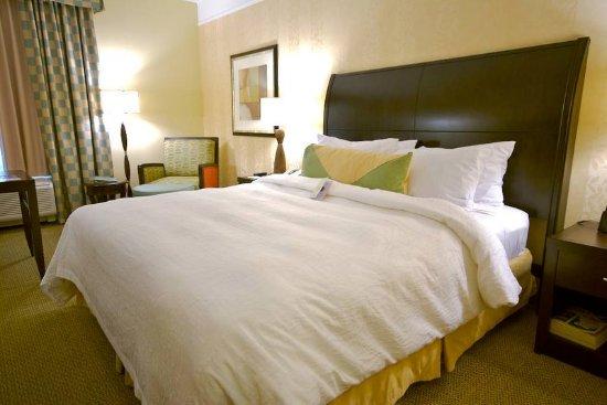 El Segundo, CA: Standard King Guest Room