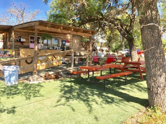 Leakey, Τέξας: Chicken Earls