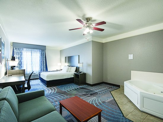 Conroe, TX: Suite