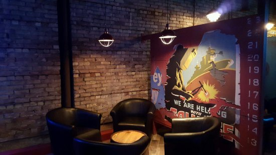 Androy Hotel: Steel Toe Pub