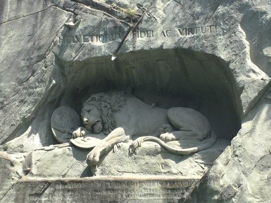 Löwendenkmal: photo1.jpg