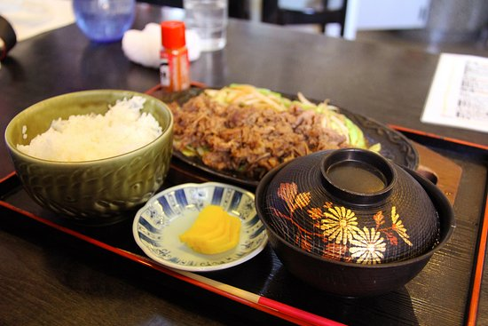Shikaoi-cho, ญี่ปุ่น: Mouth-watering pan-fried pork dish, hidden away @Shikaoi town 鹿追町