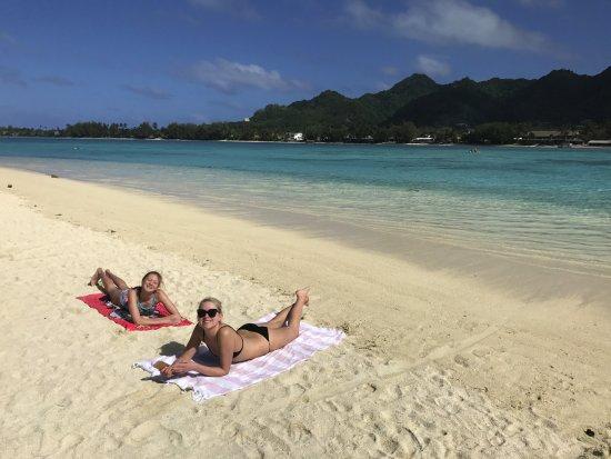 Muri, หมู่เกาะคุก: Pre-lunch lie down