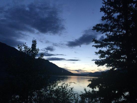 ฟอร์ตเนลสัน, แคนาดา: Muncho Lake Provincial Park