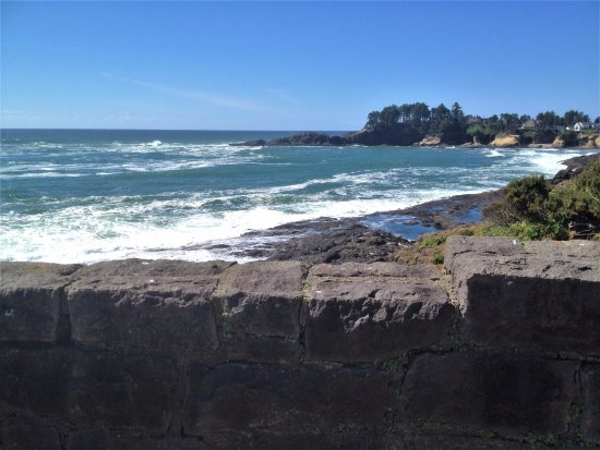 Depoe Bay, OR: another terrific view at the Whale Watching Center - Depot Bay, Oregon
