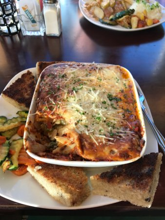 Silverton, OR: Lasagna was disappointing