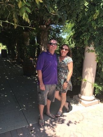 Temecula, CA: Outside the Winery