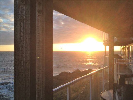 Depoe Bay, OR: Sunset view from the deck at WorldMark