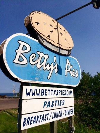 Betty's Pies: photo7.jpg