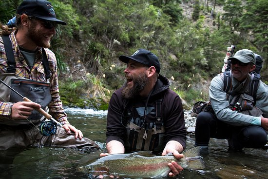 Poronui : Delights of fly fishing Photo credit Hooke