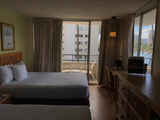 Waikiki Sand Villa Hotel: 喫煙ツインルーム302